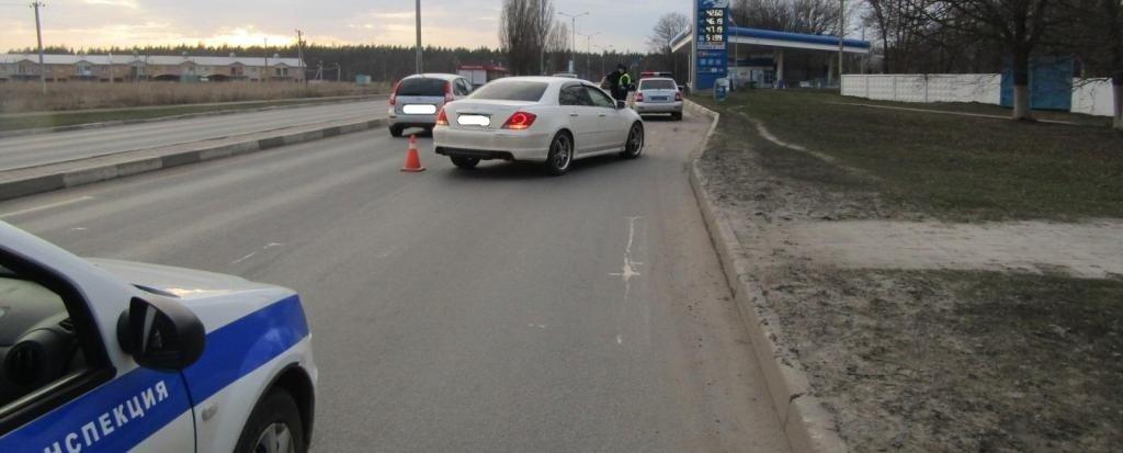 В Белгороде лихач на пешеходном переходе сбил женщину, фото-2