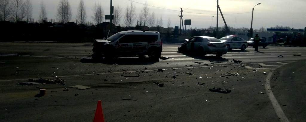 Под Белгородом водитель «Лады» протаранил «Ниссан», фото-2
