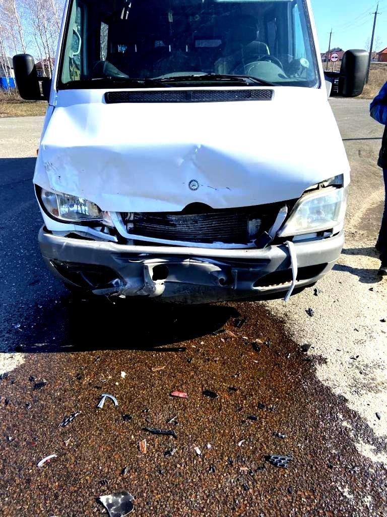 На трассе под Белгородом водитель «Лады» протаранил «Шевроле», фото-2