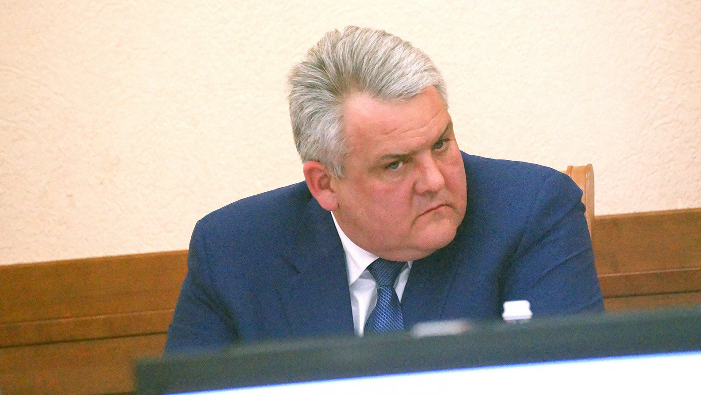 В Белгородской области руководитель УК лишился должности из-за плохой уборки подъездов, фото-1