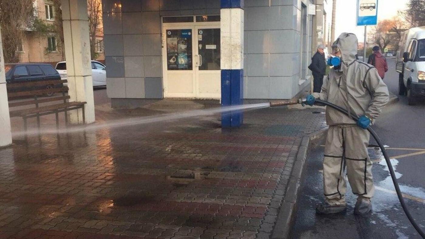 В Белгороде по ночам дезинфицируют улицы, фото-5