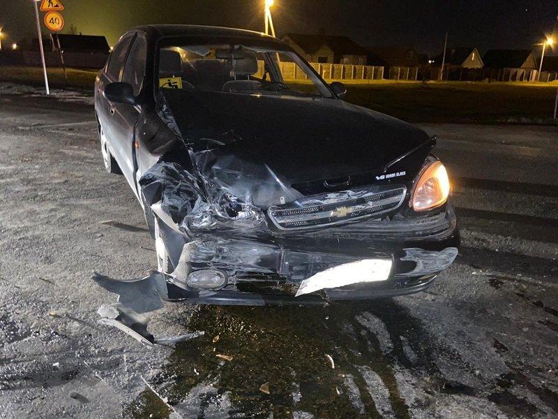 В Новом Осколе в ночном ДТП пострадал мотоциклист , фото-2