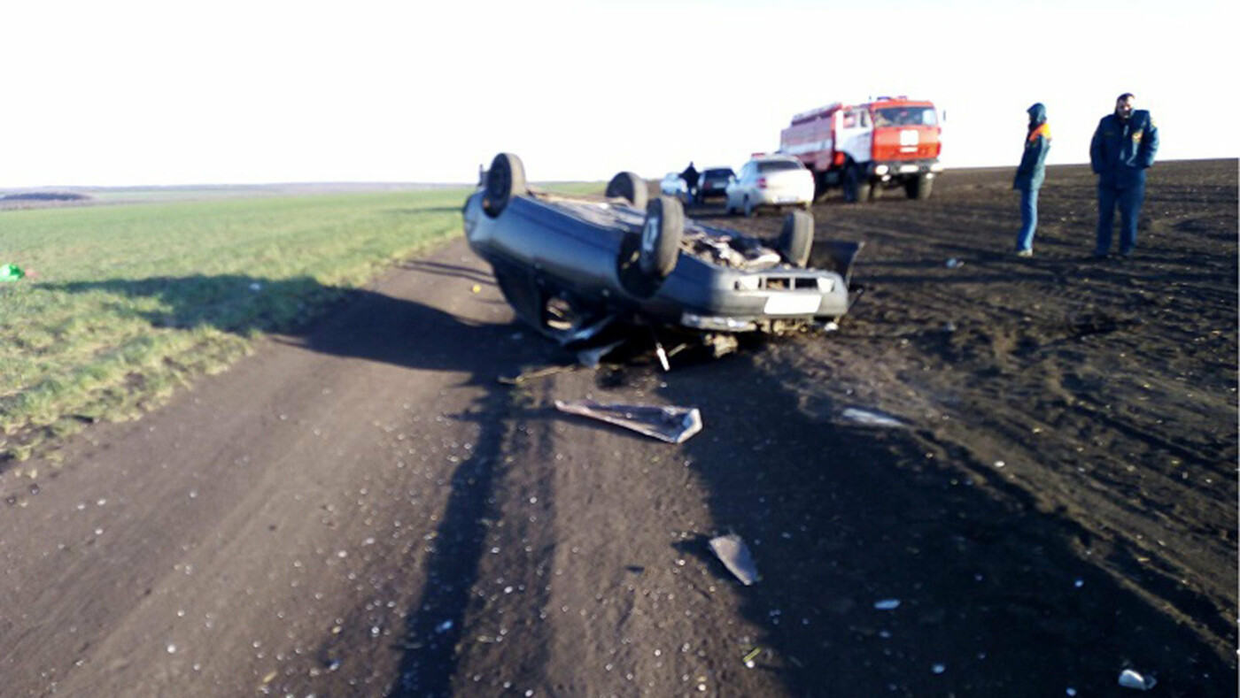 В Белгородской области в аварии погибла девушка, фото-2, Фото: пресс-служба управления МВД по Белгородской области