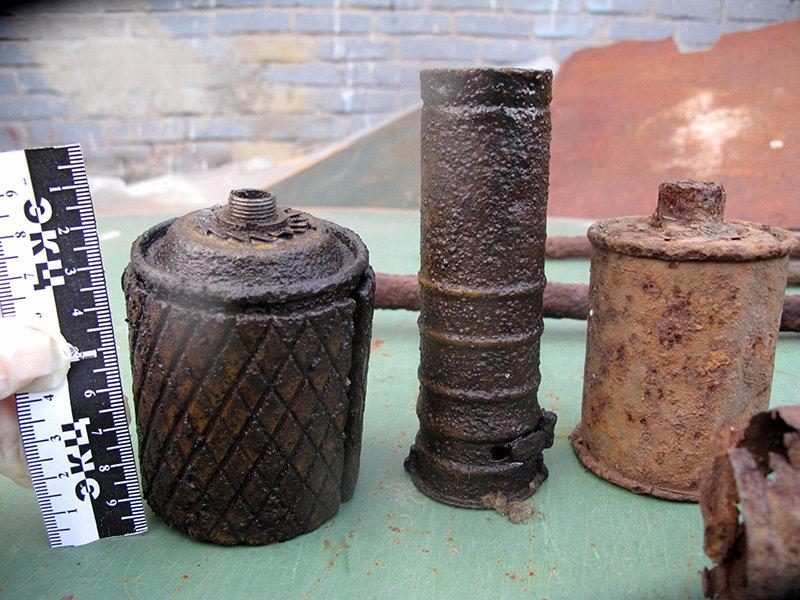 Белгородец дома хранил арсенал боеприпасов времён войны, фото-1
