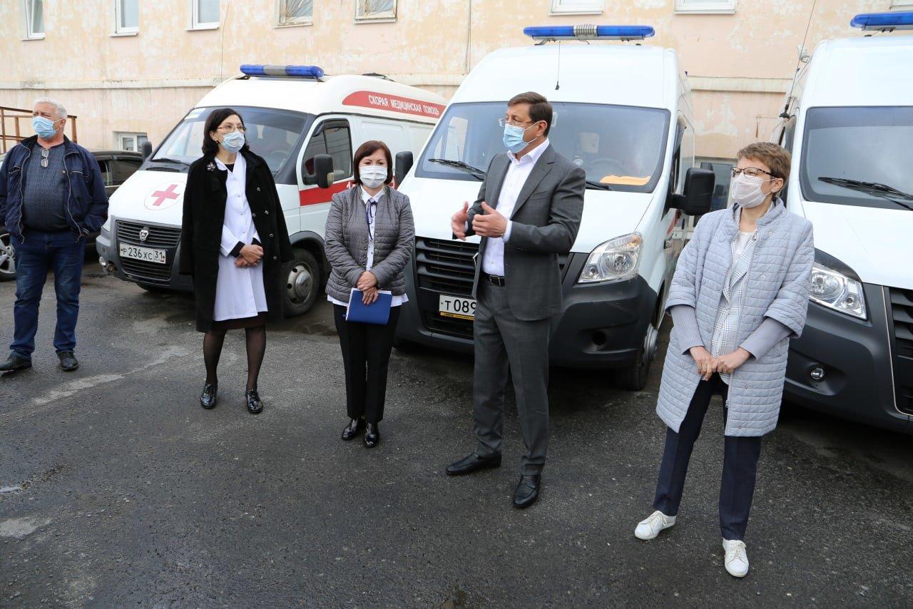 После видеообращений сотрудников скорой помощи из Старого Оскола с ними встретился глава округа, фото-2