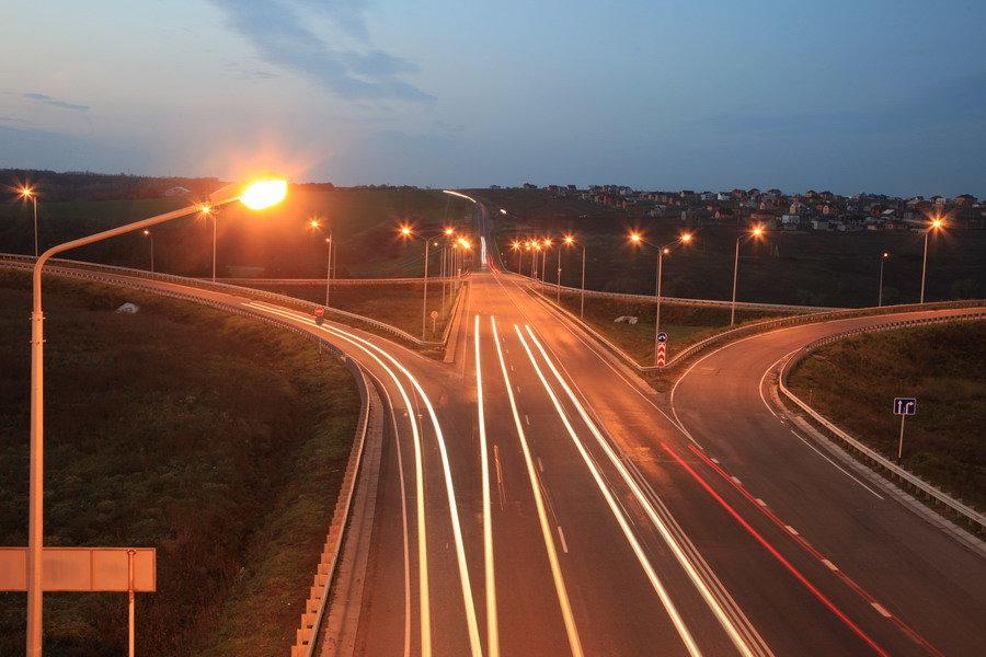 В этом году в Белгородской области осветят 11 автодорог, фото-1