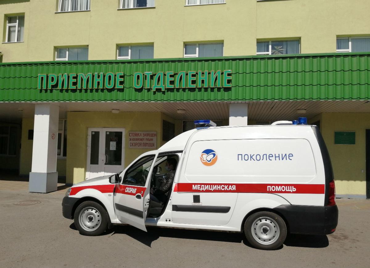 В райбольнице Белгородской области появился новый автомобиль скорой помощи от фонда «Поколение», фото-2