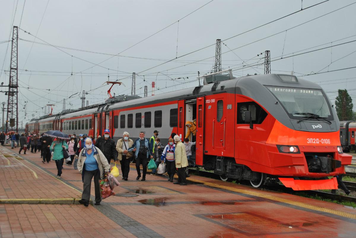 В Белгородской области продолжается обновление пригородных электричек, фото-1