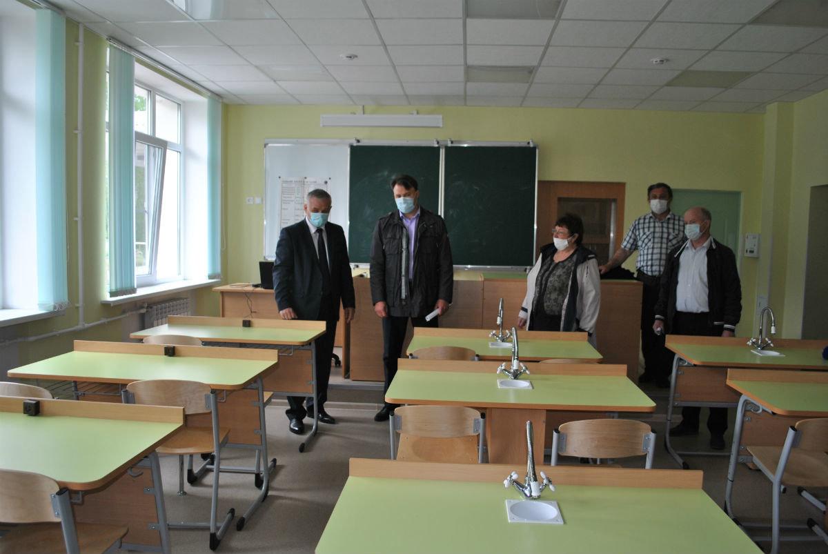Депутат Андрей Скоч выделил на капремонт соцобъектов Губкинского горокруга 197 млн рублей, фото-11
