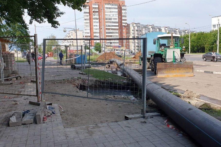 В Белгороде ликвидировали порыв канализационного коллектора, фото-1