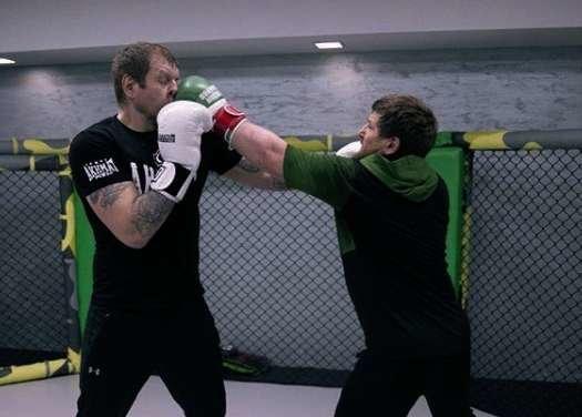Емельяненко с Кадыровым на ринге - Фото из Instagram Александра Емельяненко