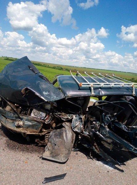 На белгородской трассе разбился водитель ВАЗа, фото-1