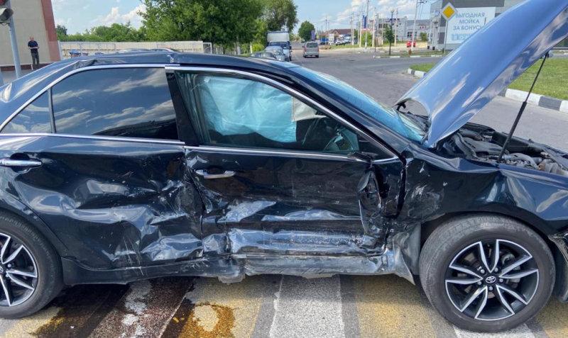 В Шебекине под колёса машины попал юный велосипедист, фото-2