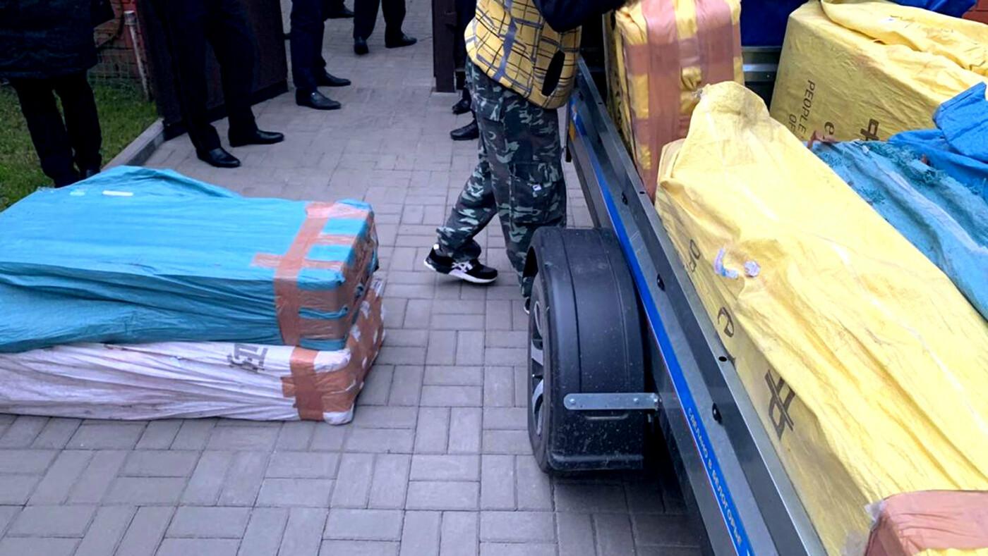 На границе под Белгородом задержали партию контрабандных сигарет, фото-2