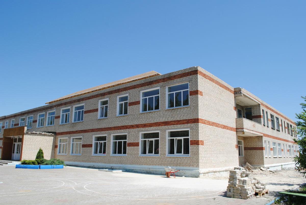 На средства депутата Андрея Скоча в белгородской сельской школе исправляют огрехи советских строителей, фото-5
