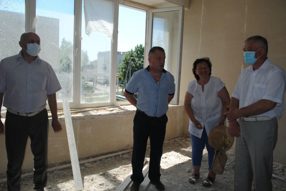 На средства депутата Андрея Скоча в белгородской сельской школе исправляют огрехи советских строителей, фото-3