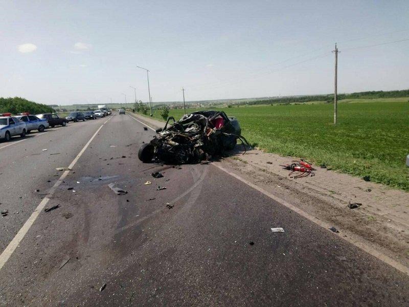 Авария под Белгородом унесла жизни трёх человек, фото-2