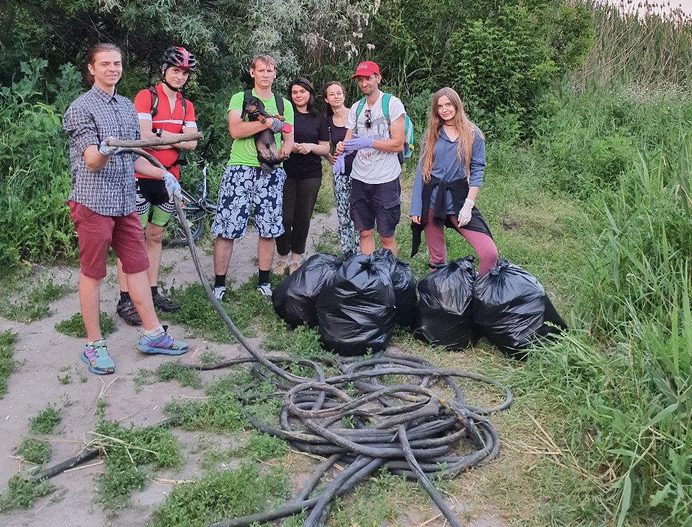 «Может, кто-то узнает свой мусор и задумается». Как белгородские волонтёры делают город чище, фото-2