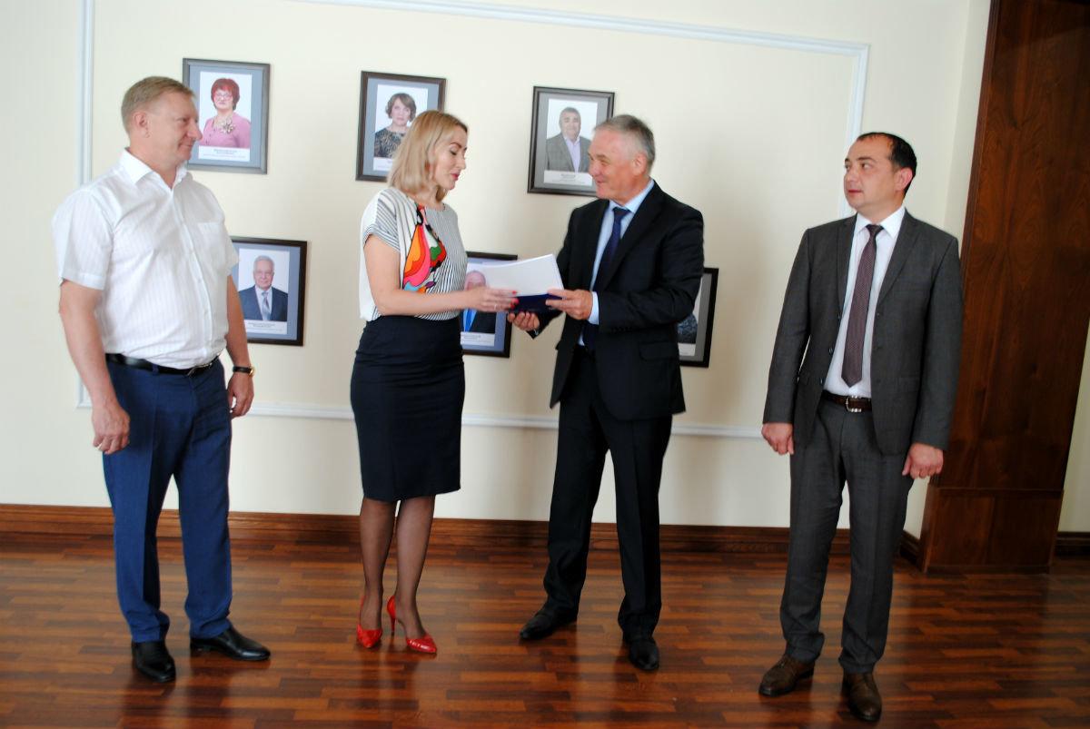 Стоматологи Белгородской области получат новое медоборудование от фонда «Поколение», фото-1