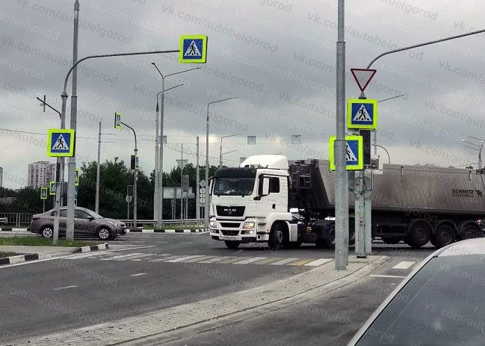 Из-за поломки умного светофора Белгород попал в большую пробку , фото-5