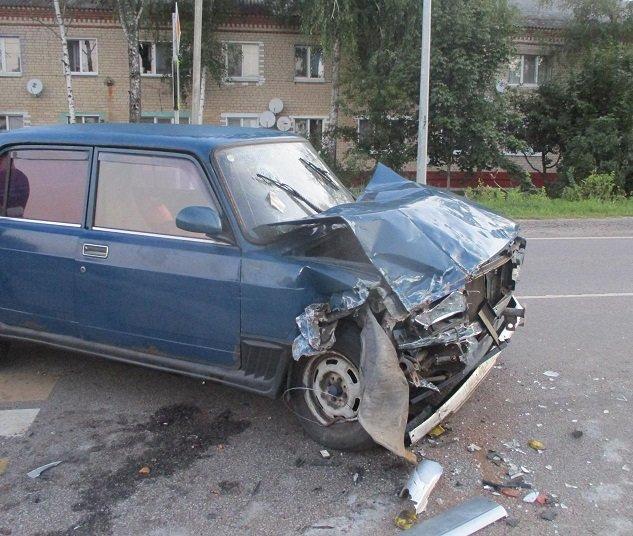 Белгородец на ВАЗе влетел в асфальтодробилку, фото-4
