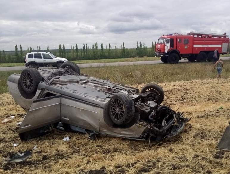 В аварии под Белгородом погибла девушка, фото-1, Фото: паблик во ВКонтакте «ЧП Белгородская область»