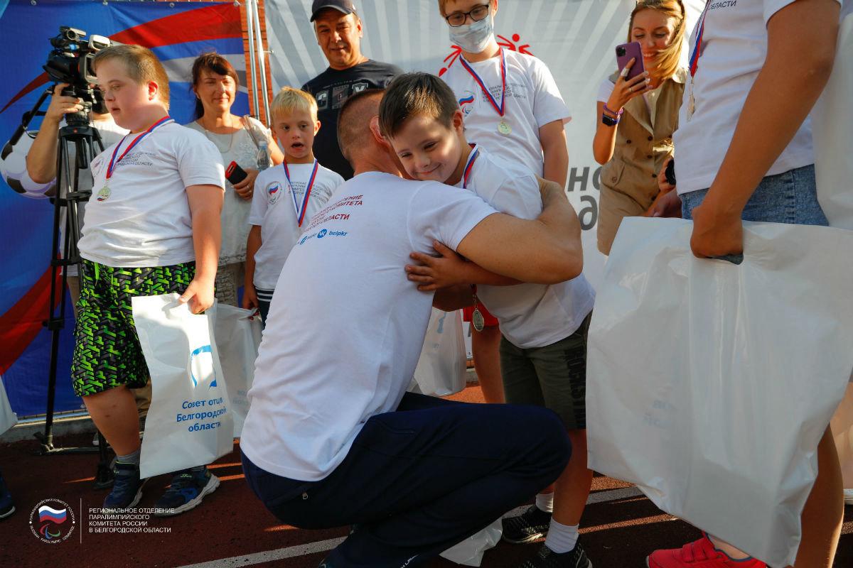 Инклюзивный спортивный праздник прошёл в 15-м округе Белгорода, фото-10