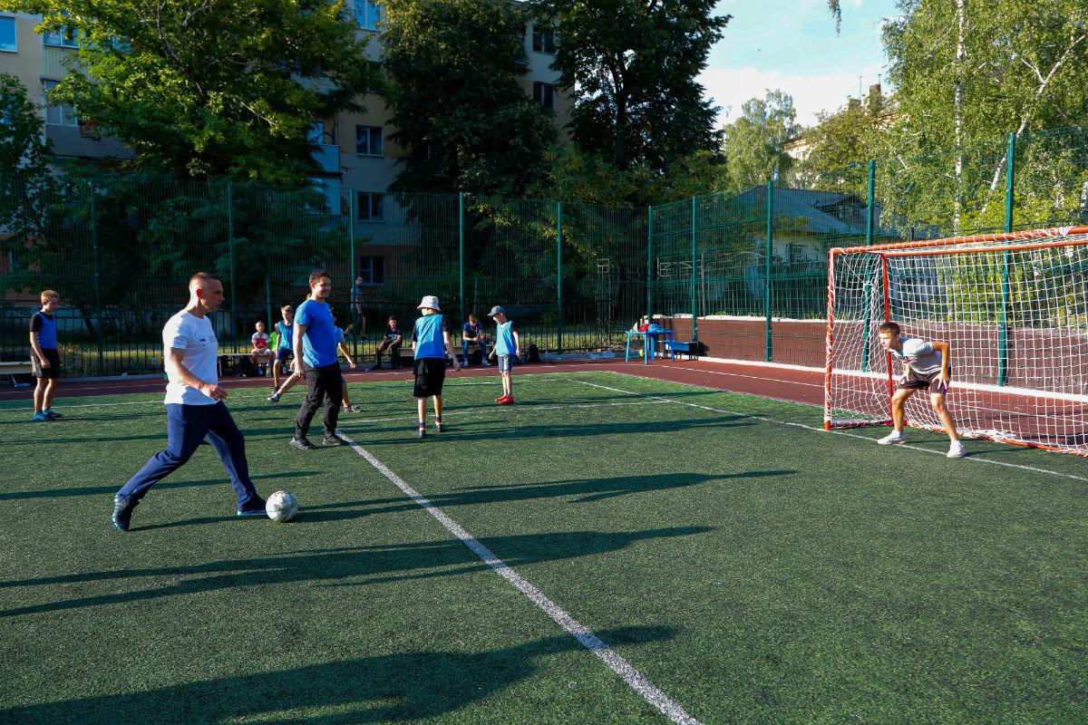 Инклюзивный спортивный праздник прошёл в 15-м округе Белгорода, фото-13