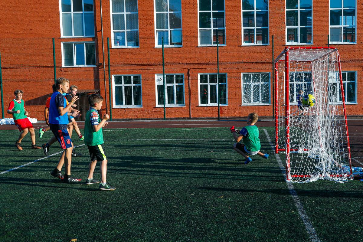 Инклюзивный спортивный праздник прошёл в 15-м округе Белгорода, фото-18