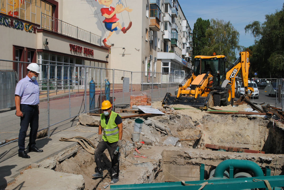 Строящуюся спортарену в Белгороде подключили к теплу, фото-5
