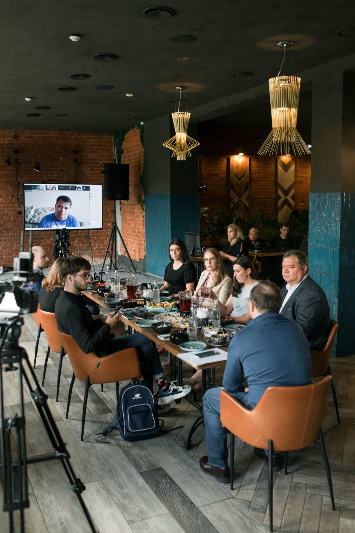 eSIM и цифровизация: генеральный директор Tele2 рассказал о трендах в телеком-индустрии, фото-3