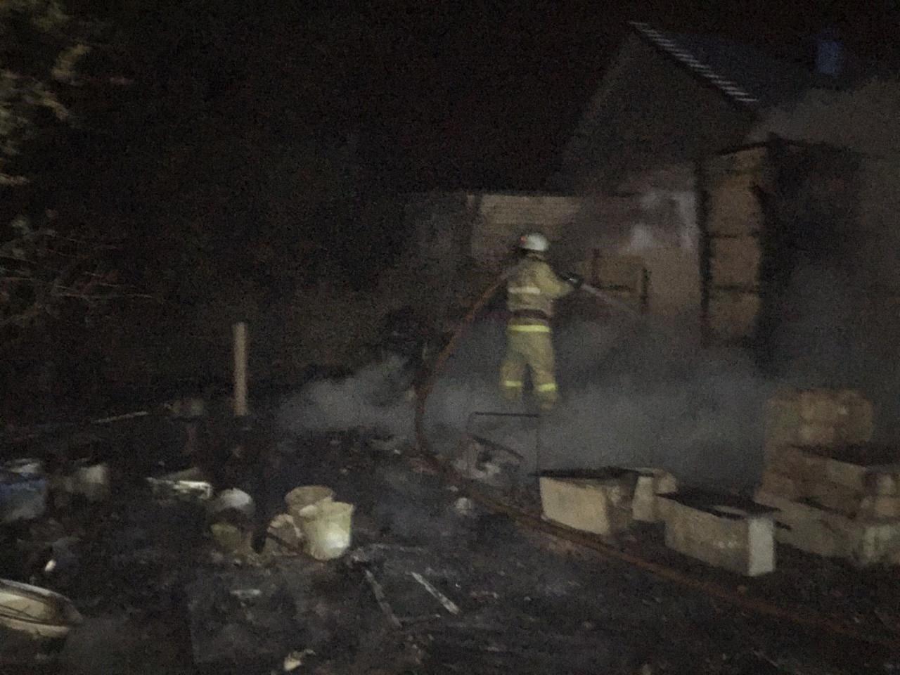 В пожаре под Белгородом погибли мужчина и женщина, фото-1
