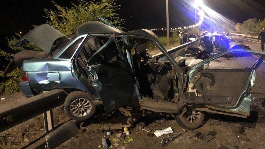 Пять человек погибли в аварии в Воронежской области, фото-3, Фото: паблик во «ВКонтакте» «ЧП Белгородская область»