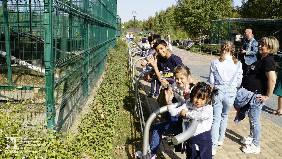 Профсоюз «Правда» подарил воспитанникам социально-реабилитационного центра поход в зоопарк и бургер-вечеринку , фото-4