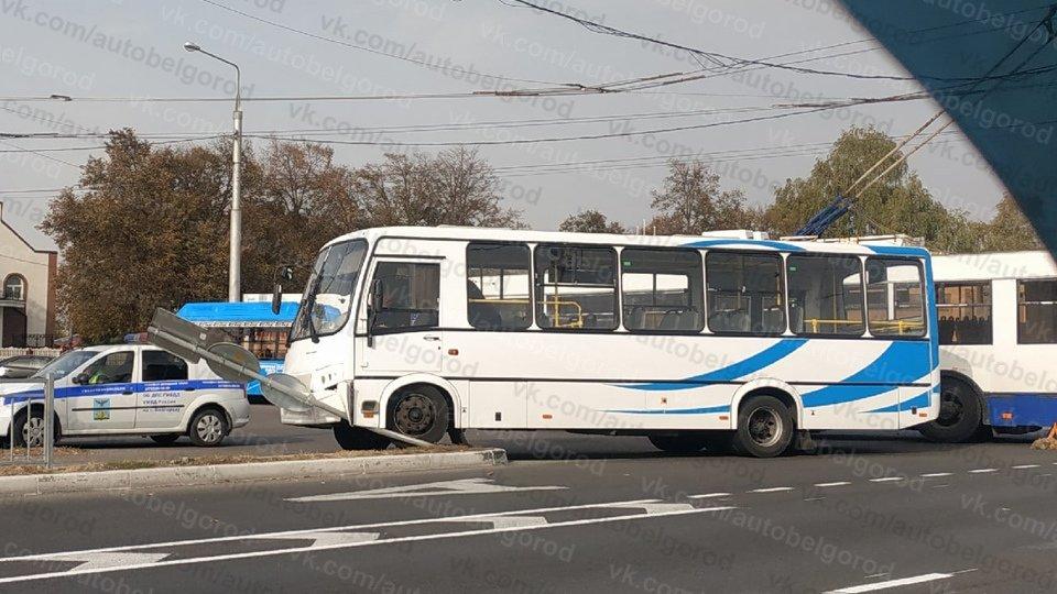 Автобус и троллейбус не поделили главную магистраль Белгорода, фото-1