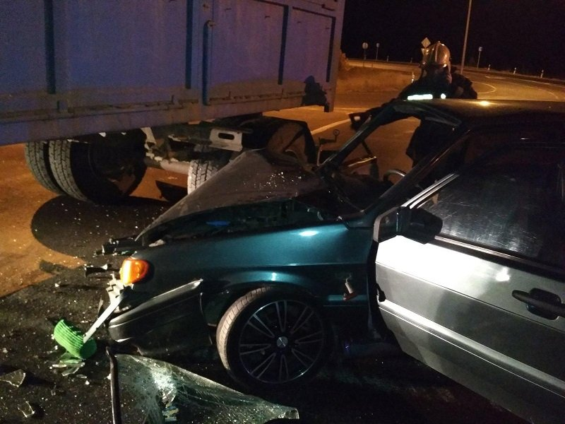 Под Белгородом легковушка сбила гулявшего по шоссе мужчину, фото-2