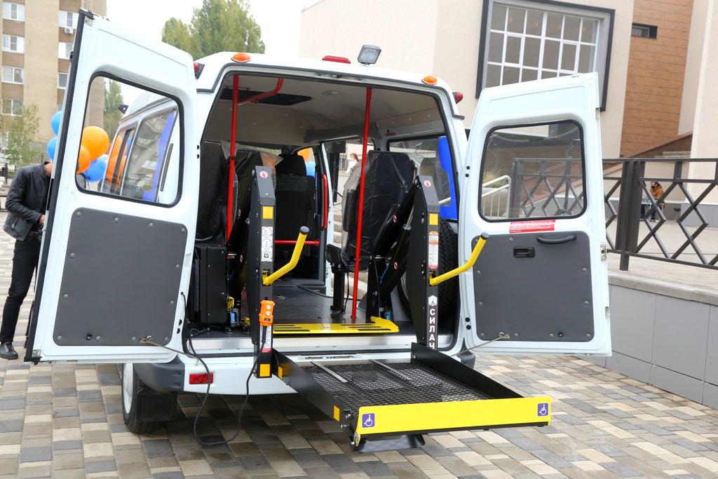 Фонд «Поколение» передал спецавтомобиль для медпомощи старооскольцам с ограниченными возможностями, фото-2