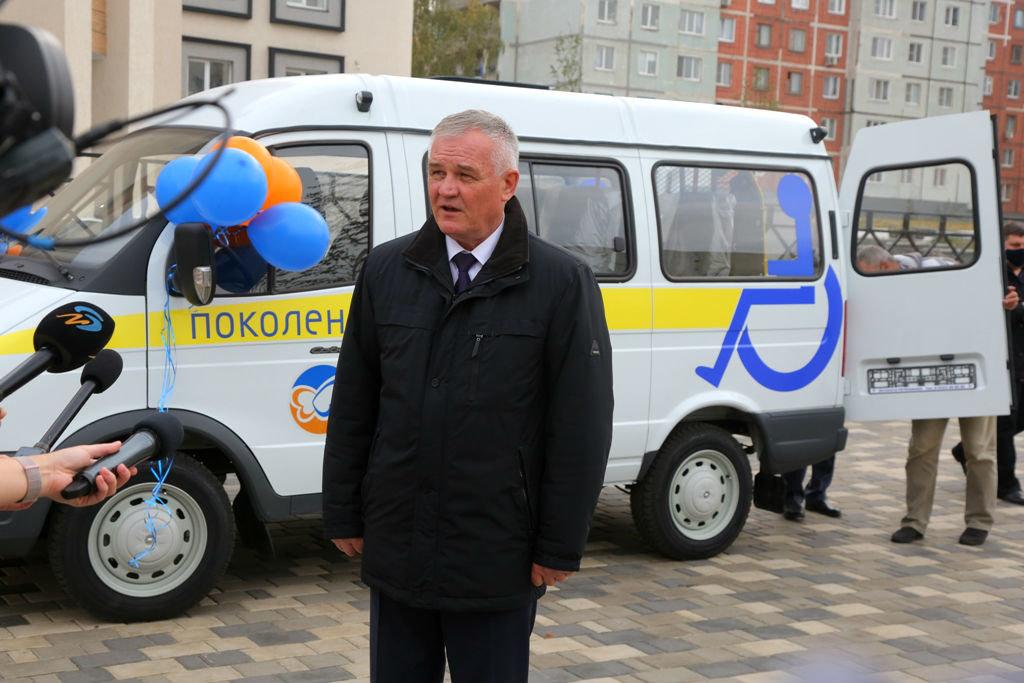 Фонд «Поколение» передал спецавтомобиль для медпомощи старооскольцам с ограниченными возможностями, фото-5