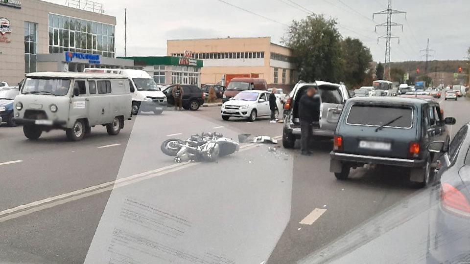 В Белгороде байкер отправил в больницу свою пассажирку, фото-1