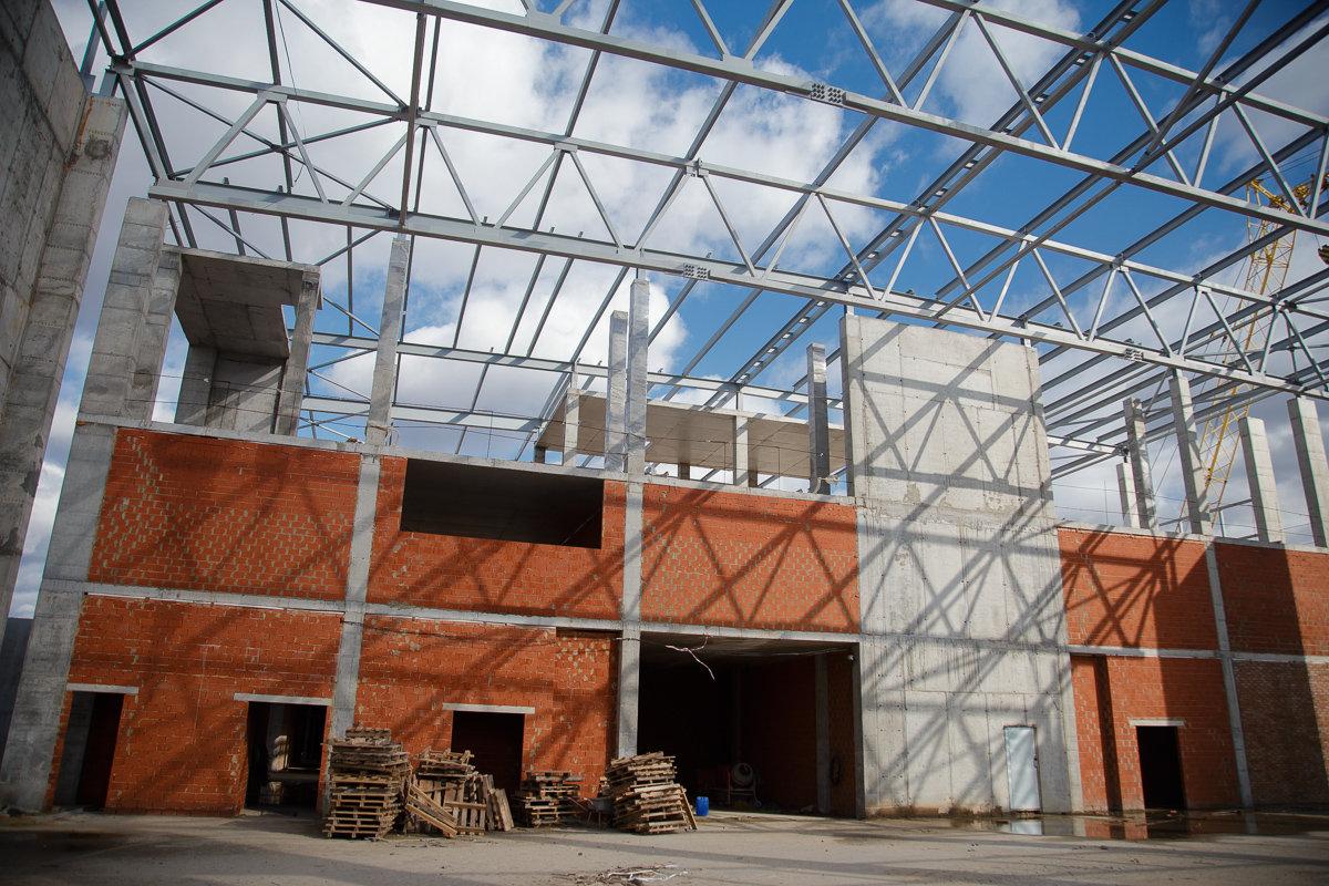 Под Белгородом строят спортивный комплекс с ледовым полем, фото-3