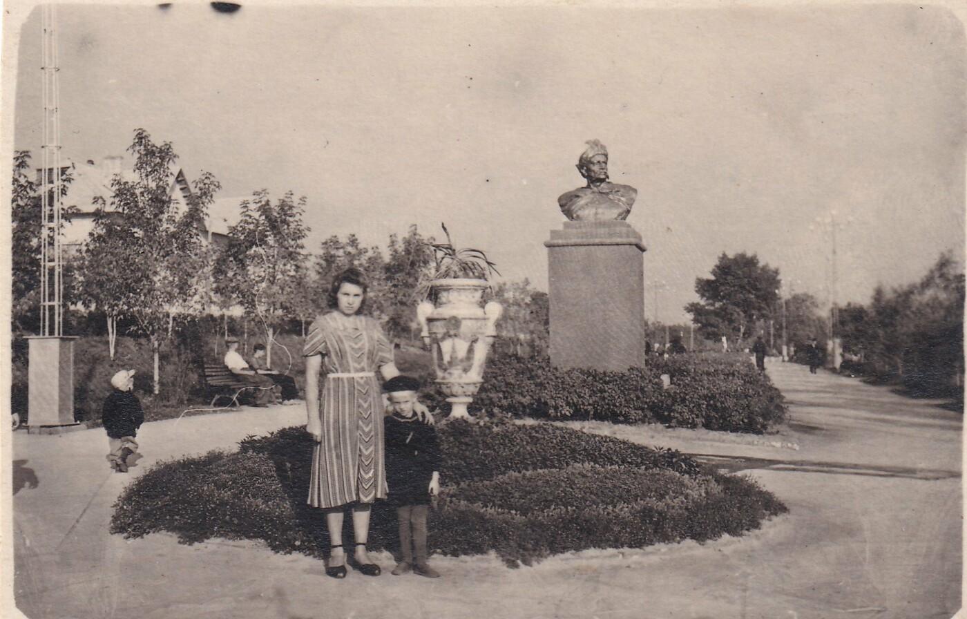 Старый Белгород. Ретро-фоторепортаж из семейного альбома, фото-22