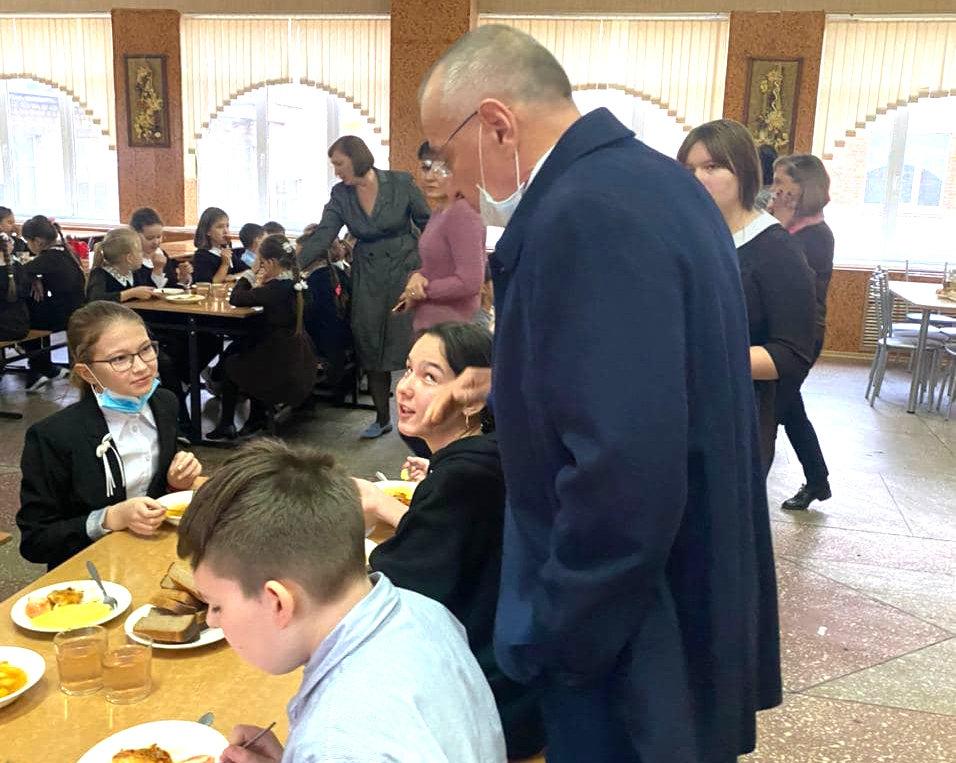 Юрий Галдун побывал в 35 школе Белгорода, Фото: пресс-служба мэрии Белгорода