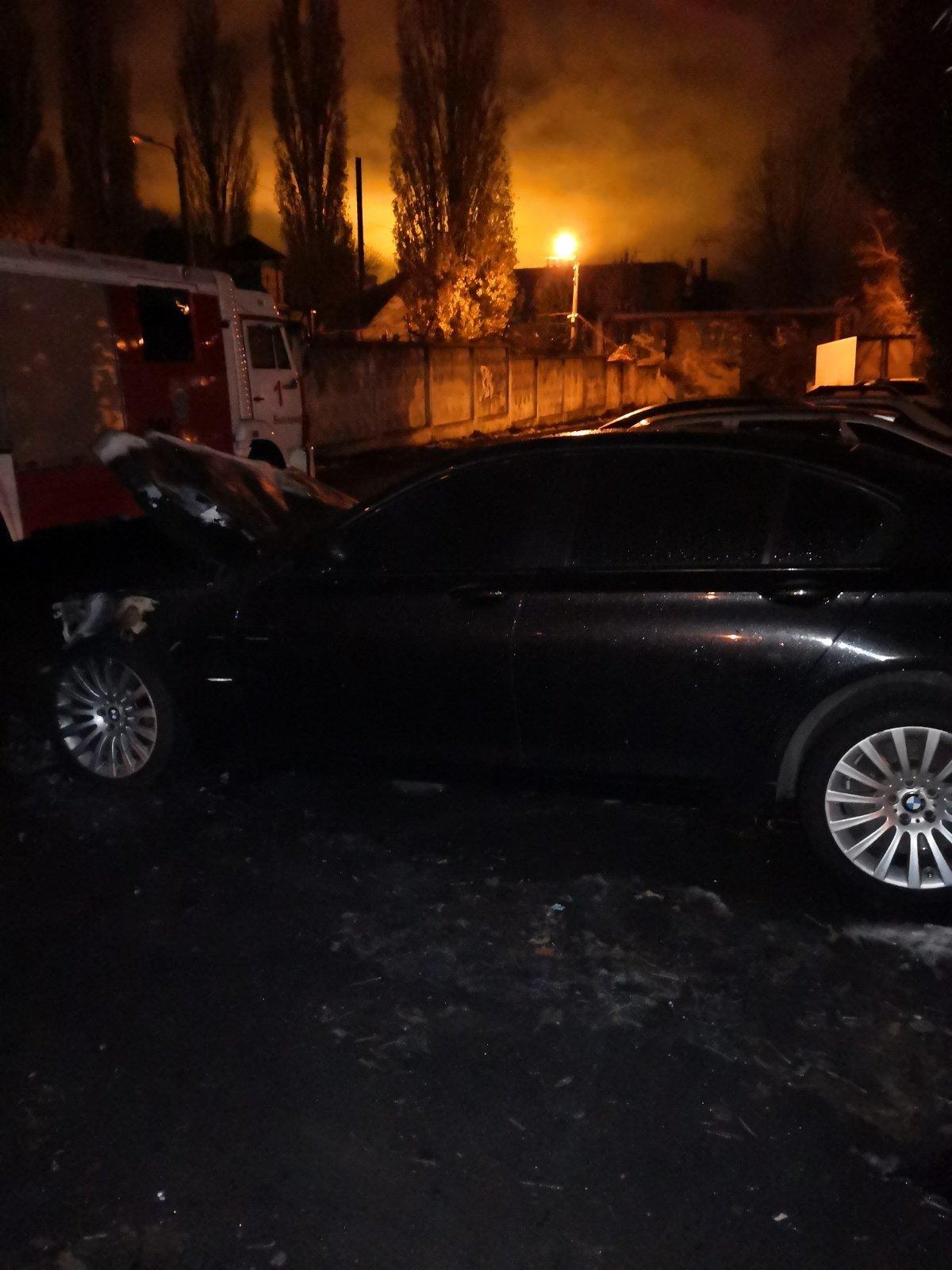 Сгоревшая в Белгороде иномарка