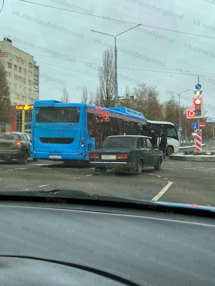 ДТП на Костюкова - Щорса