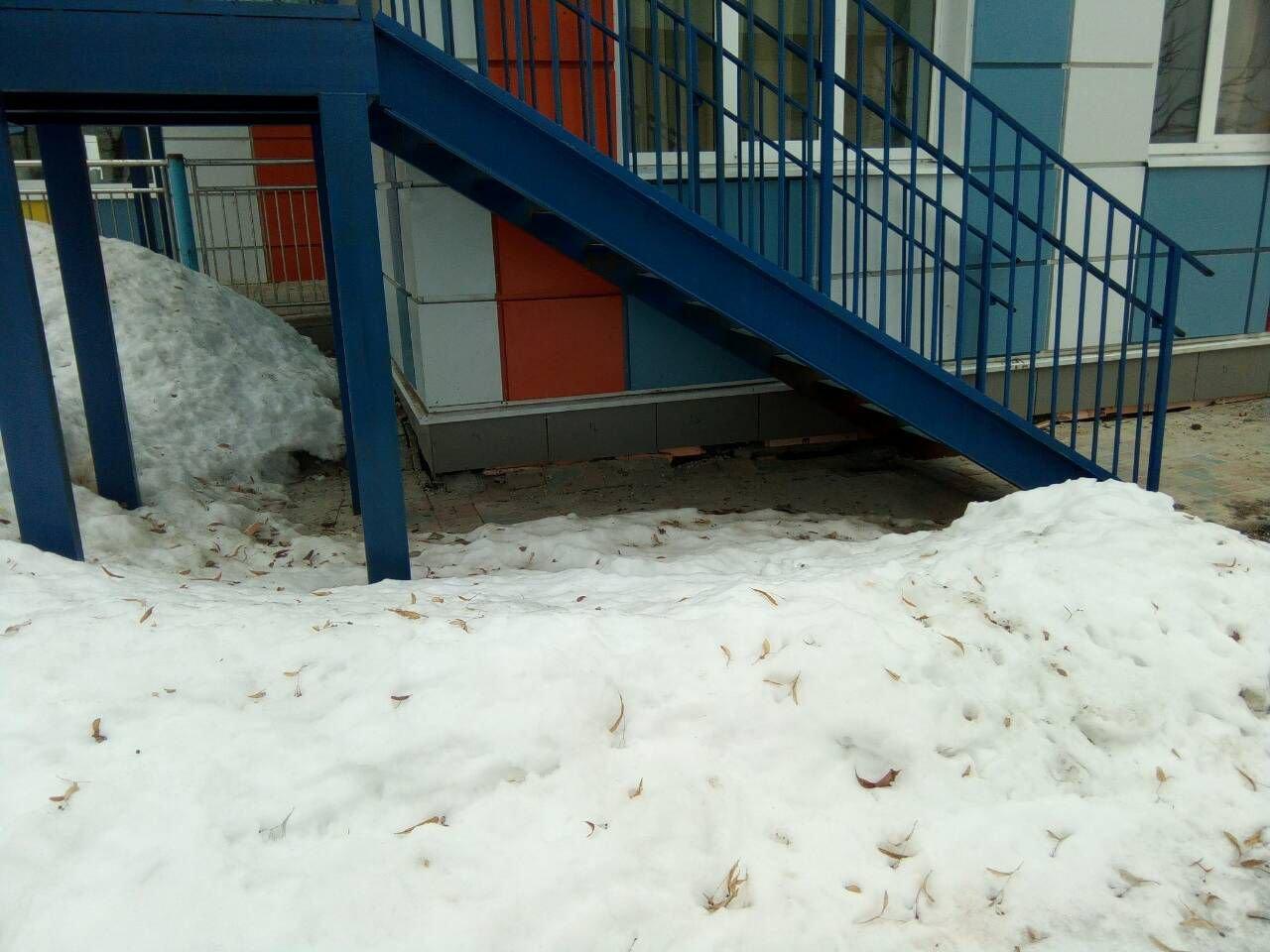В проблемном детском саду потрескались не только стены