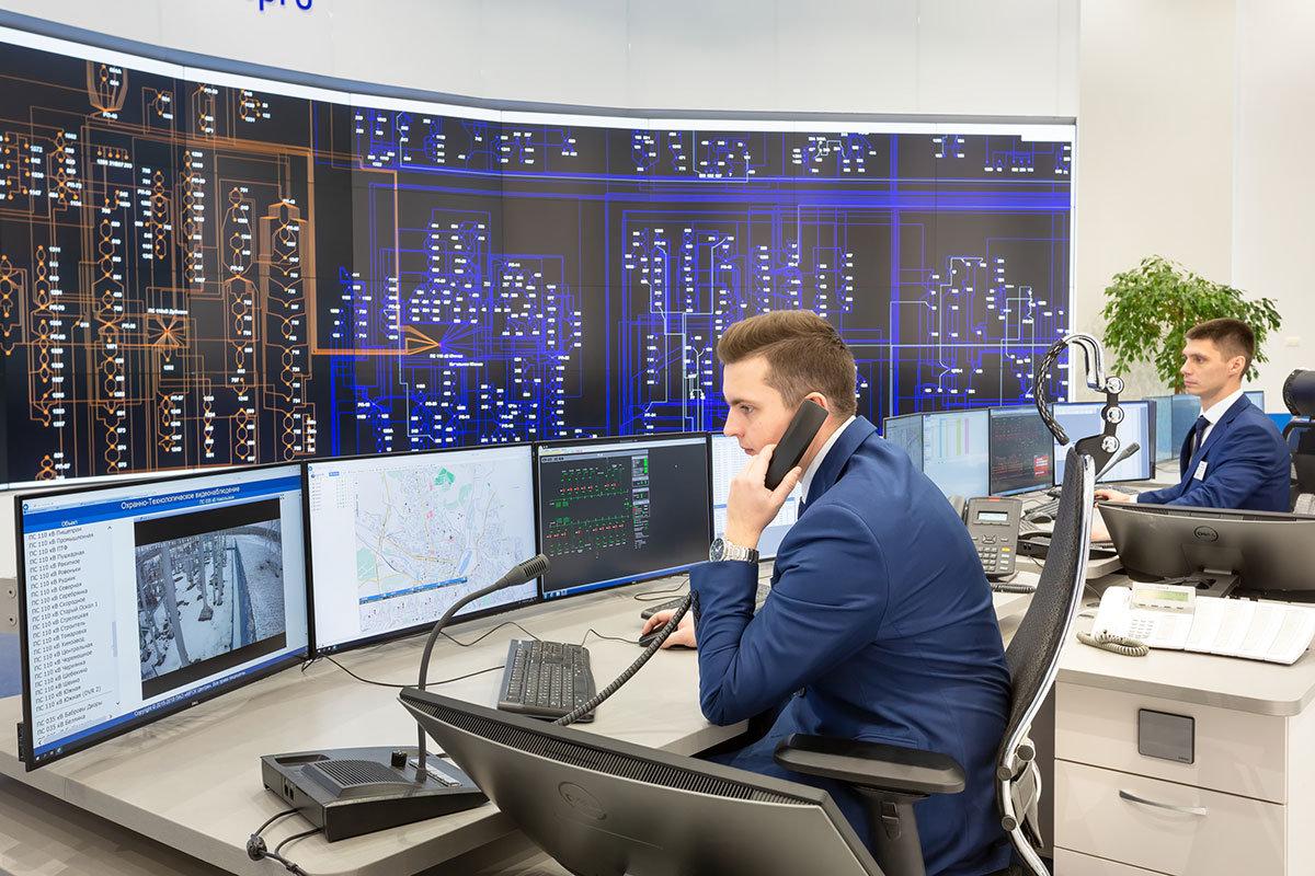 Белгородские энергетики усилили контроль за работой энергосистемы из-за обильного снегопада, фото-1