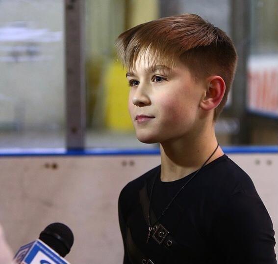 Ученики школы фигурного катания Белгорода