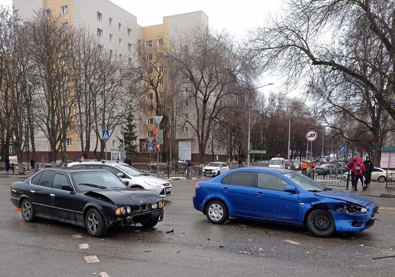 ДТП на перекрёстке Студенческая - Некрасова