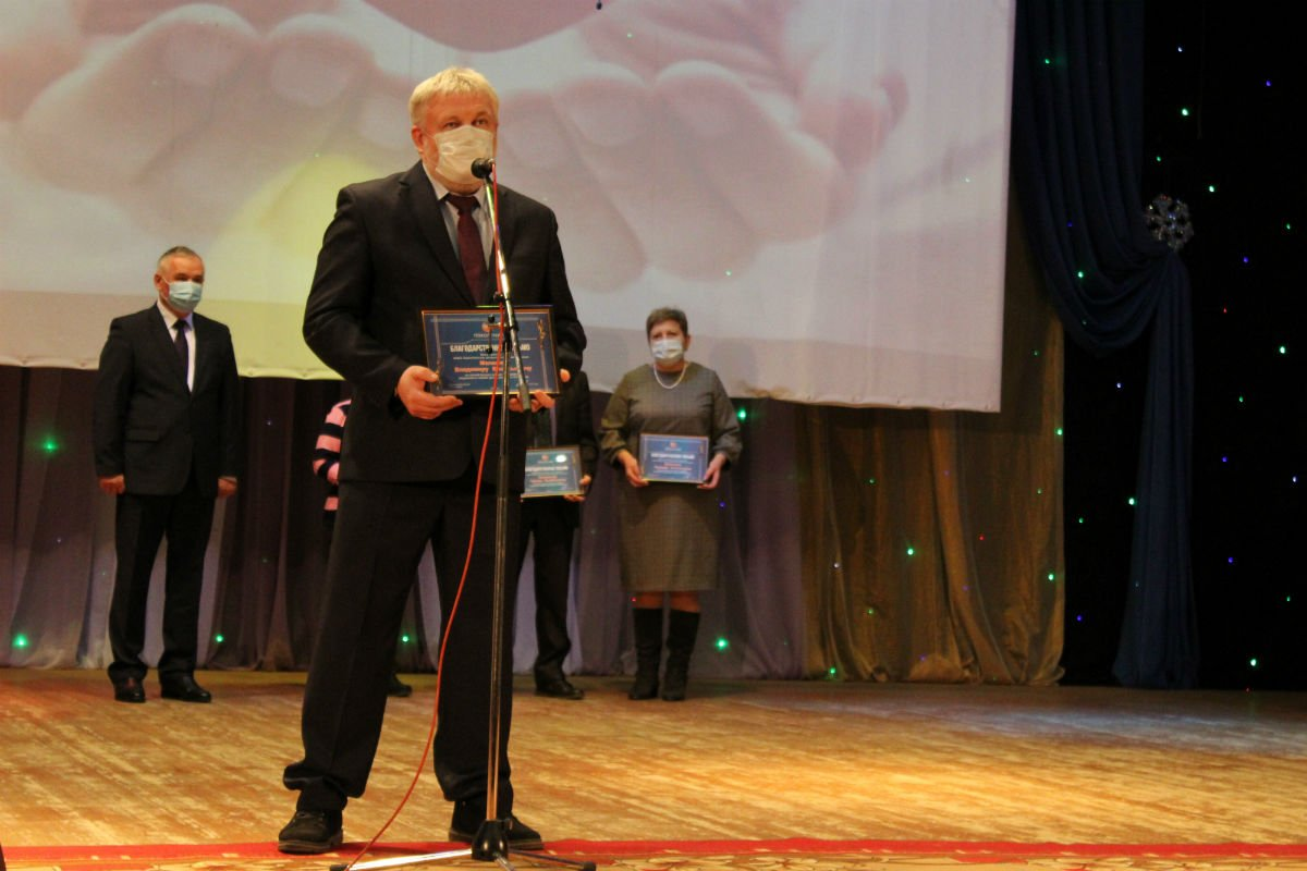 вручение денежной премии медикам, Максим Алтухов