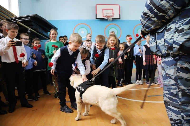 В 2010 году гимназии № 12 Белгорода присвоили имя легендарного кинолога